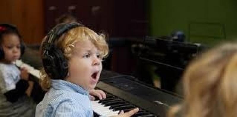 Aula de Teclado Musical Preços Itaim Bibi - Aula de Teclado Musical