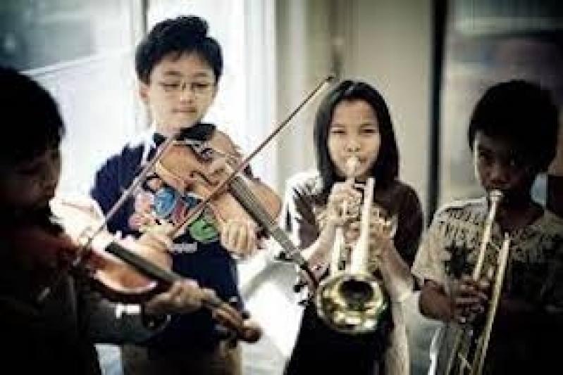Escola de Musica com Aula de Instrumentos Chácara Inglesa - Escola de Musica Profissional