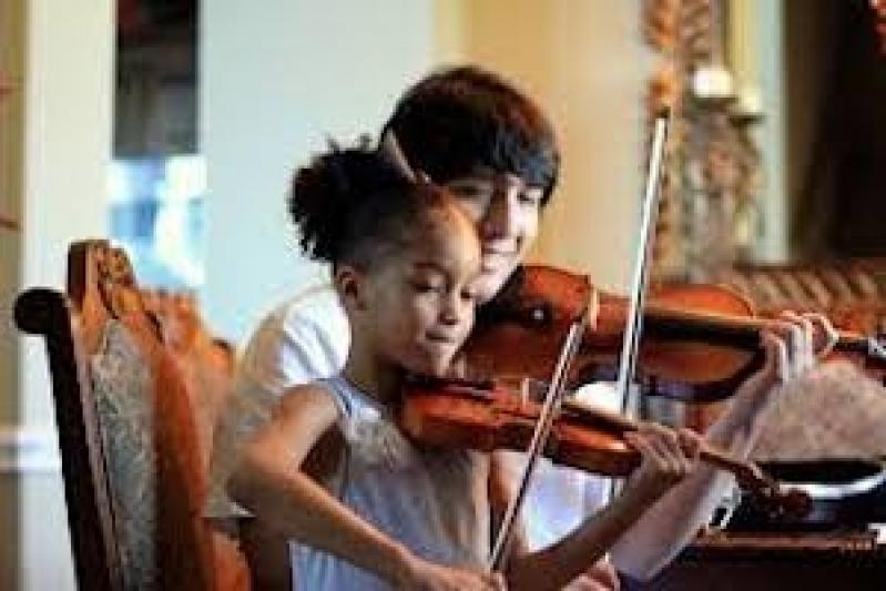 Primeira Aula de Violino Pari - Aulas de Violino
