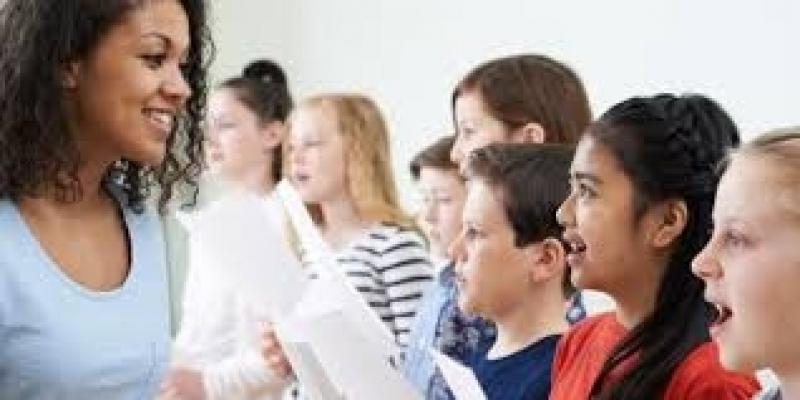 Professor de Aula de Canto Chora Menino - Professor de Canto Coral
