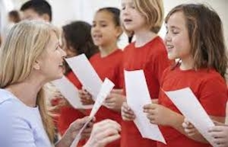 Professor de Canto Profissional GRANJA VIANA - Professor de Canto para Iniciantes