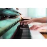 aula de piano iniciante Santa Cecília