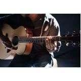 aula de violão dedilhado