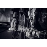 aulas de guitarra com prática Anália Franco