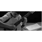 escola para aula básica de violão Saúde