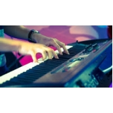 onde fazer aula de teclado gospel para iniciante Água Branca