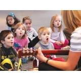 professor de canto para intermediário