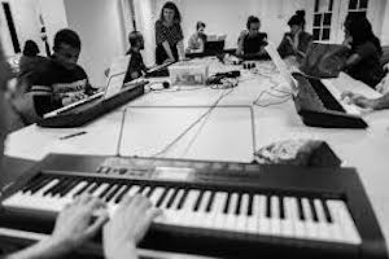Valores de Aula de Teclado Musical Barueri - Aula de Teclado Gospel para Iniciante